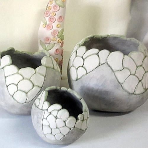 Céramiques grès 3 caches pots boules d'extérieur ou d'intérieur émaillage gris et blanc, diam.11cm diam.18cm diam. 23cm