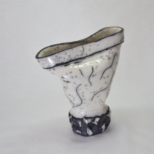 Sculpture Raku,pied de roche en forme de vase, grès blanc émaillé transparent 22cm/19cm/10cm